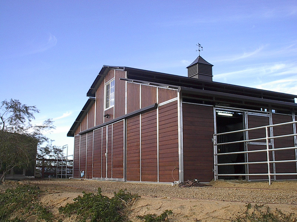 raised center aisle barns