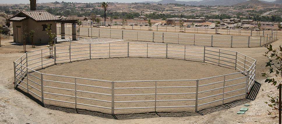 Round Pens Fcp Building